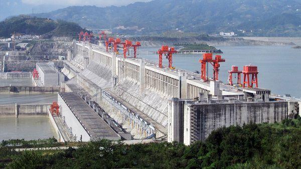 Đập Tam Hiệp là nhà máy thủy điện có công suất lớn nhất thế giới
