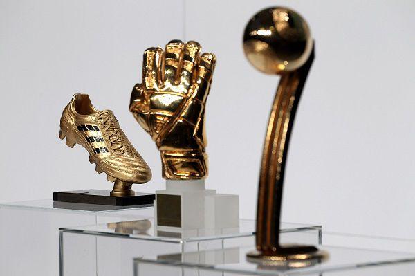 Giải Quả bóng vàng, Chiếc giày vàng, Găng tay vàng