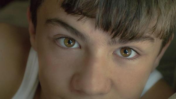 Màu mắt hổ phách